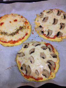 karnabahar-pizzasi-yapilisi